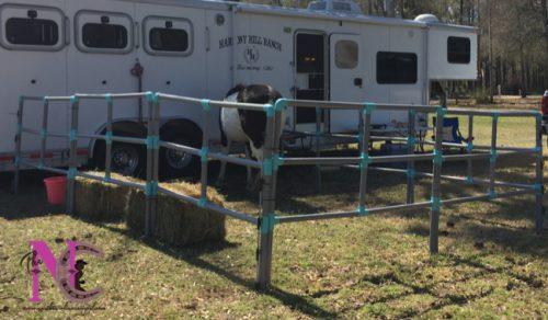 set up horse panels