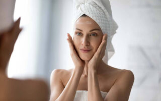 Step by Step Guide to How to Use Cleanser, Moisturizer and Sunscreen to Your Face