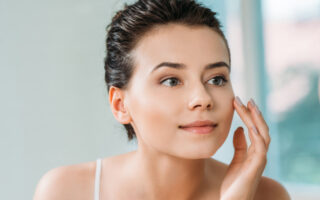 Get for Radiant Skin with Mamaearth Skin Illuminate Face Serum