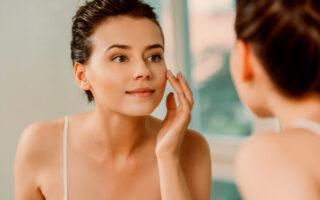 Mamaearth Retinol Face Mask Review, Benefits & How to Use it for Face