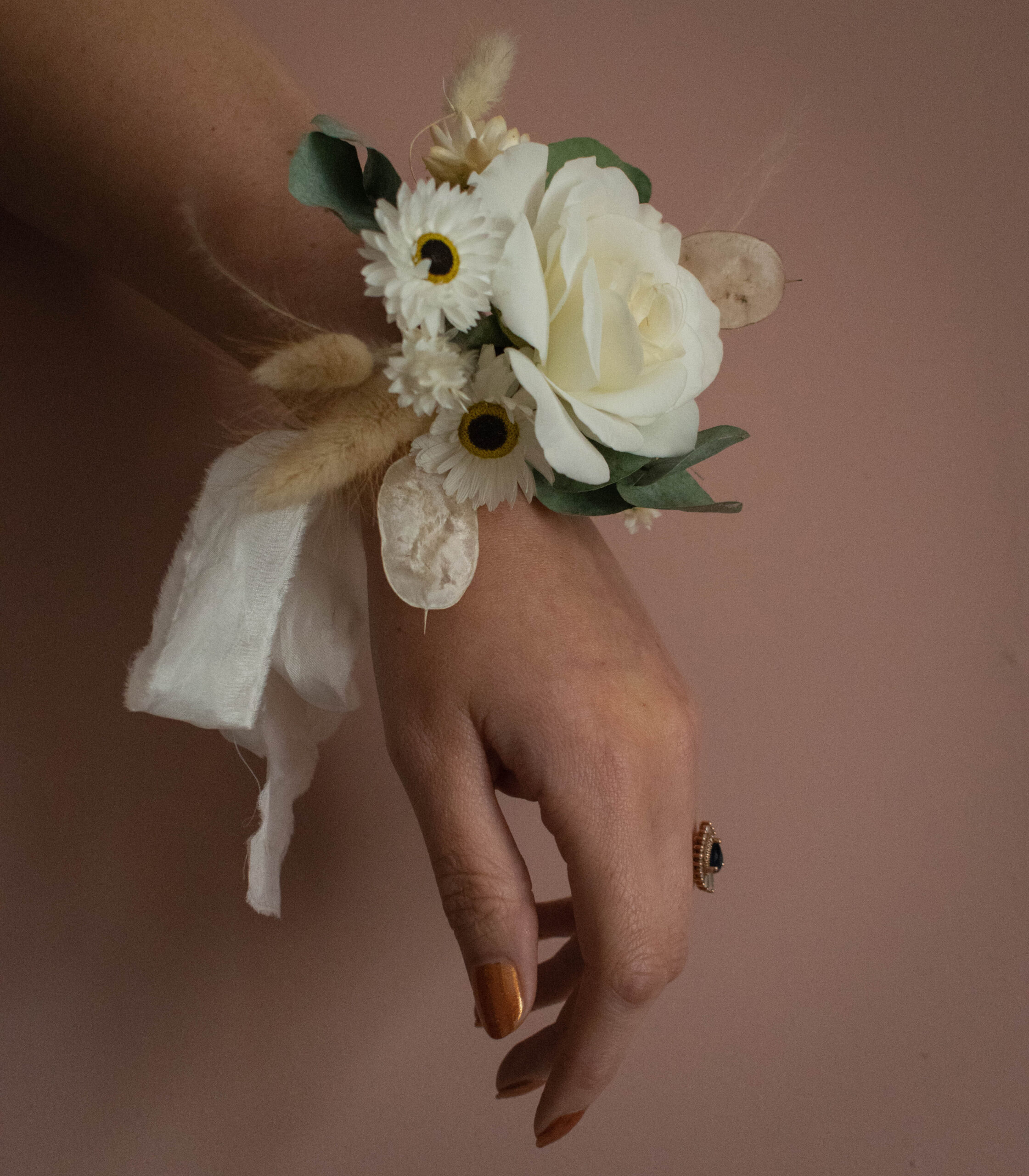 corsage (1 of 1)