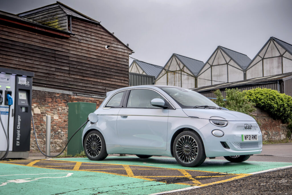 Fiat 500 Electric charging - EVs Unplugged