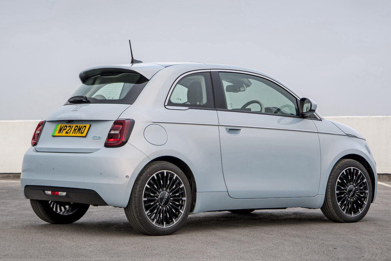 Fiat 500 electric rear - EVs Unplugged