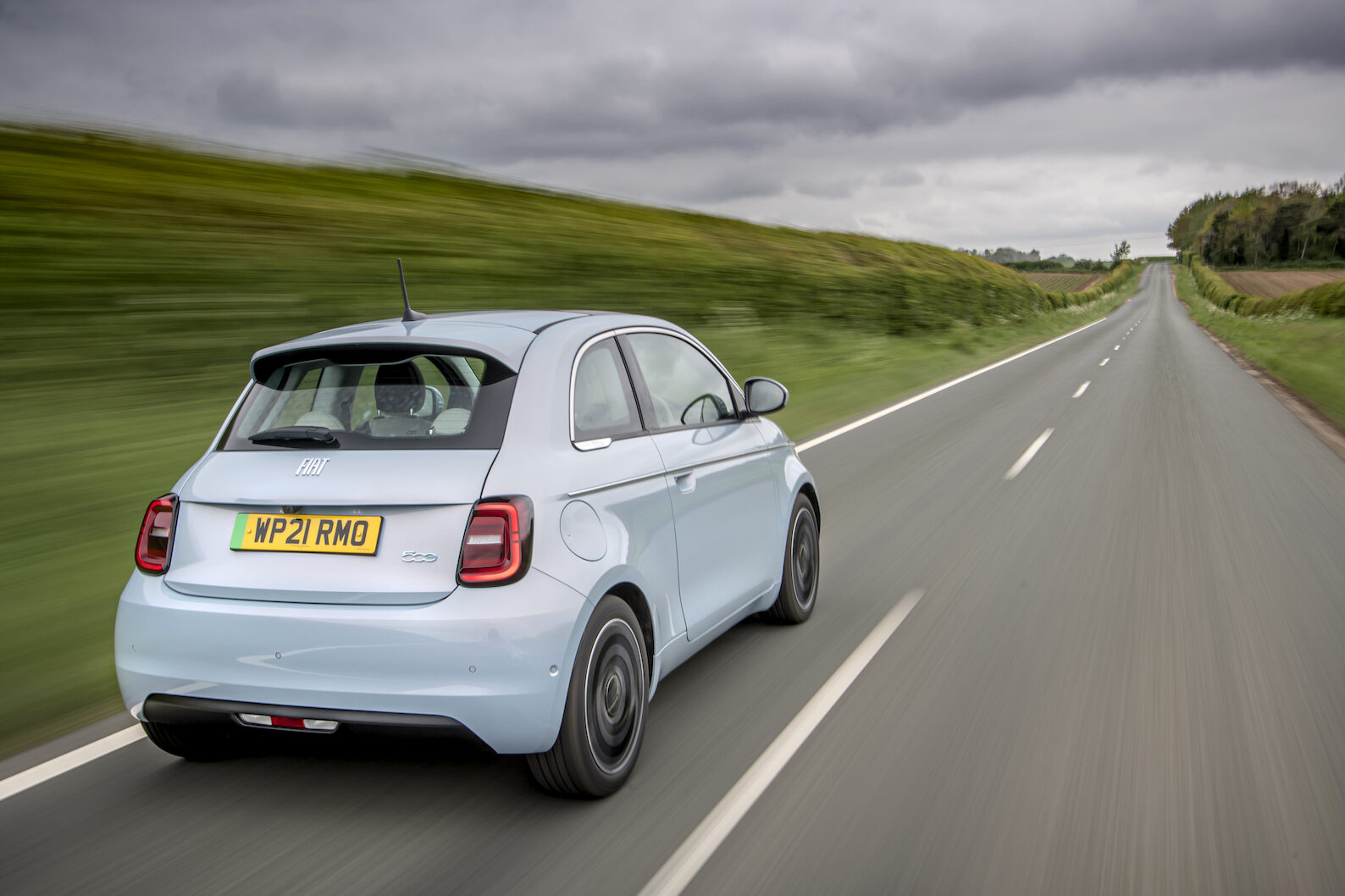 Fiat 500 Electric rear driving - EVs Unplugged