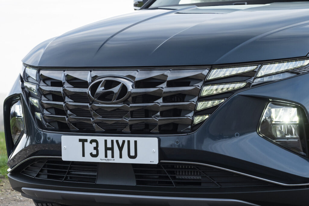Hyundai Tucson Plug-In Hybrid front grille - EVs Unplugged