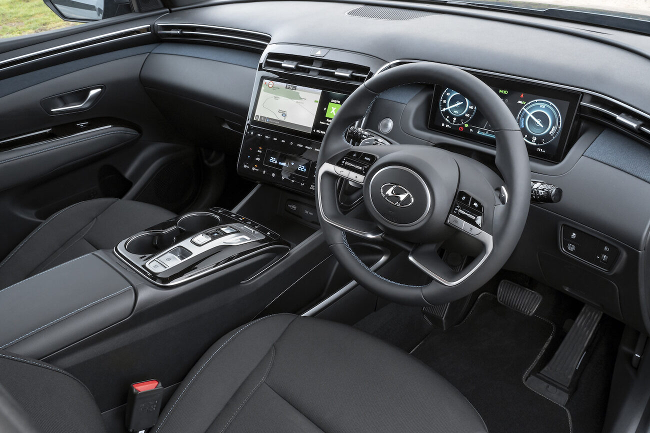 Hyundai Tucson plug-in hybrid interior - EVs Unplugged