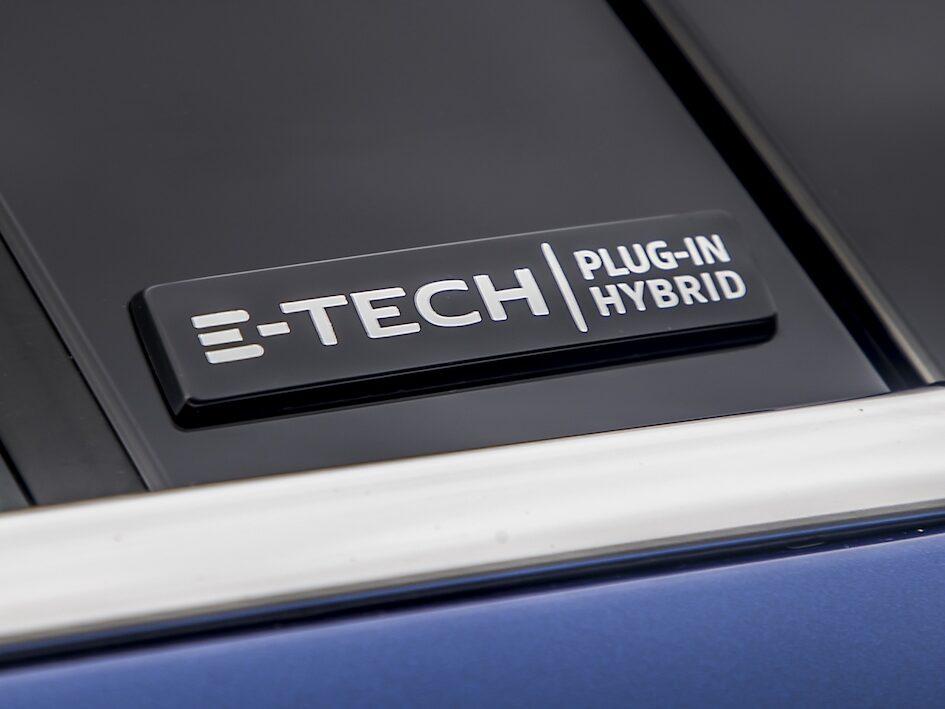 Renault Megane Sport Tourer Plug-In Hybrid badge - EVs Unplugged