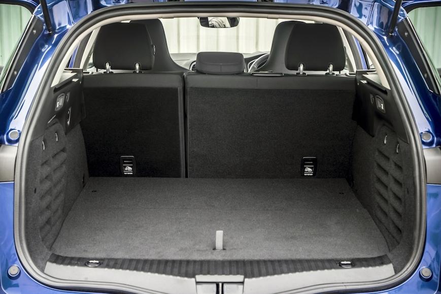 Renault Megane Sport Tourer Plug-In Hybrid boot - EVs Unplugged