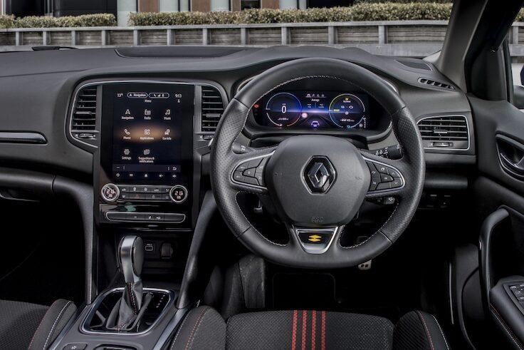 Renault Megane Sport Tourer Plug-In Hybrid interior - EVs Unplugged