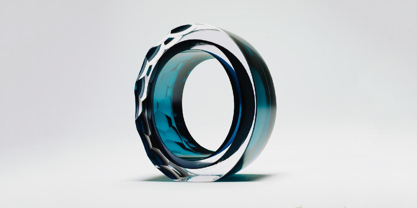 deep-blue_slide