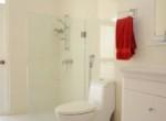 11_Bathroom 2