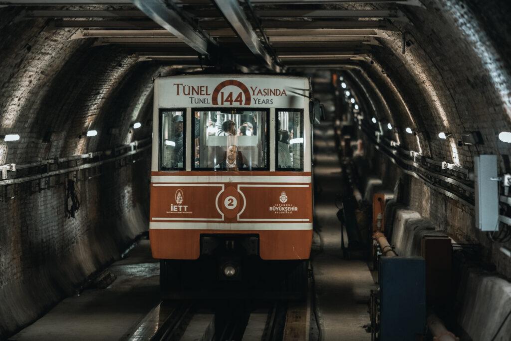 Tarihi Tramvay - Yüksek ISO