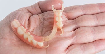 Mobile denture repair flexible dentures in London