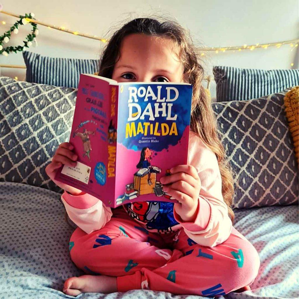 reading with children Alyssa reading matilda