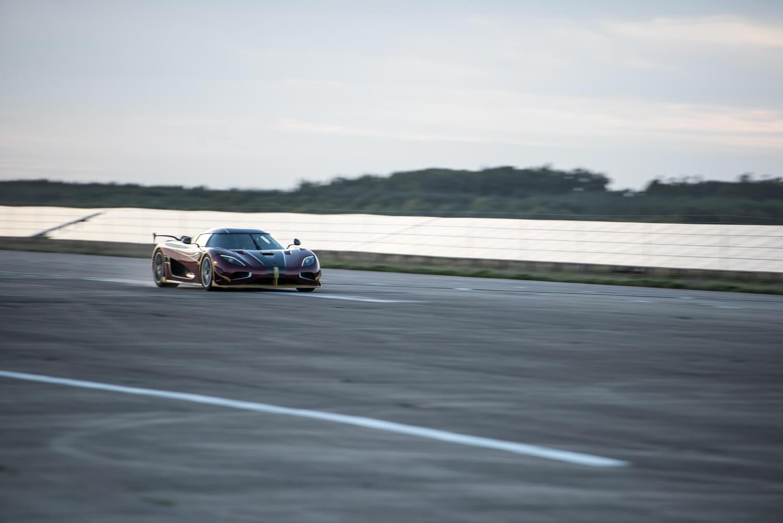 Koenigsegg 0 - 400