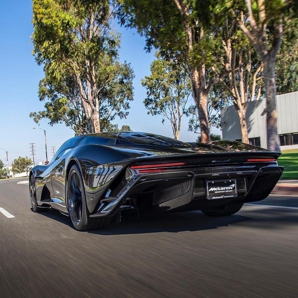 McLaren Speedtail Newport Beach