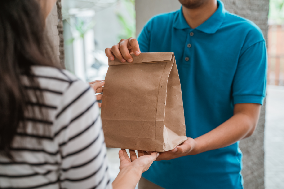 Next step in convenience store home delivery