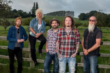 Ginger Wildheart & The Sinners