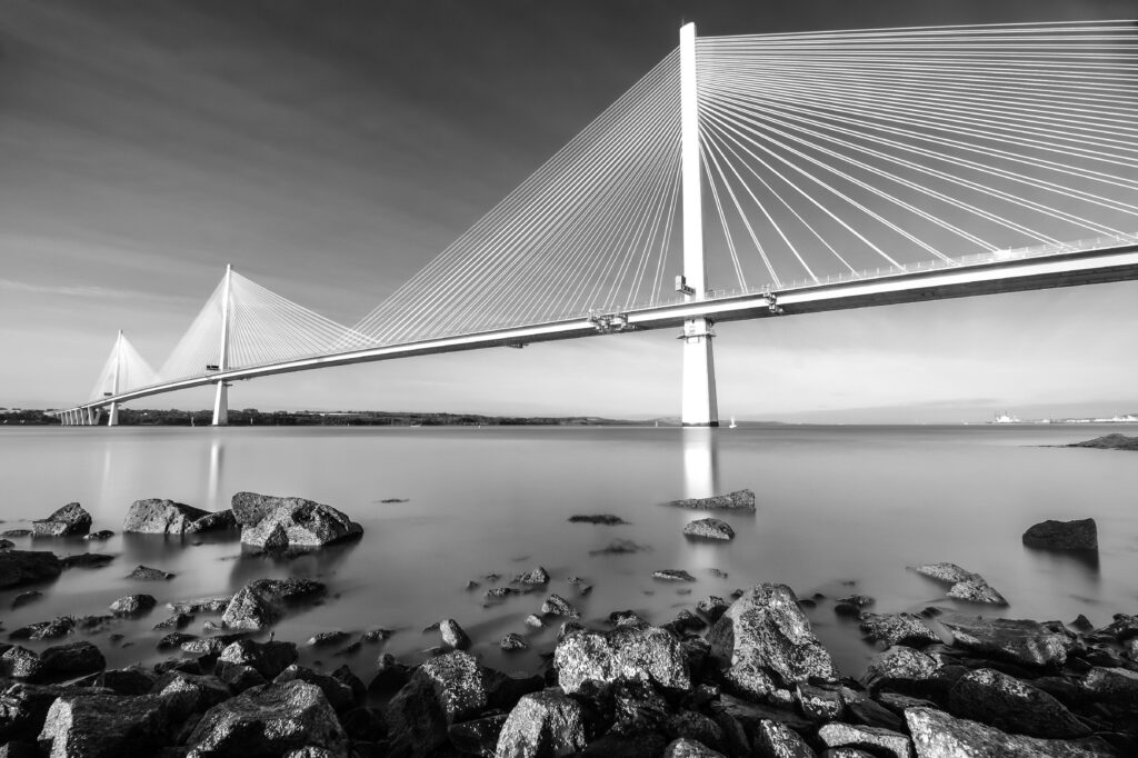 5 - The Queensferry Crossing 2 (b&w).jpg