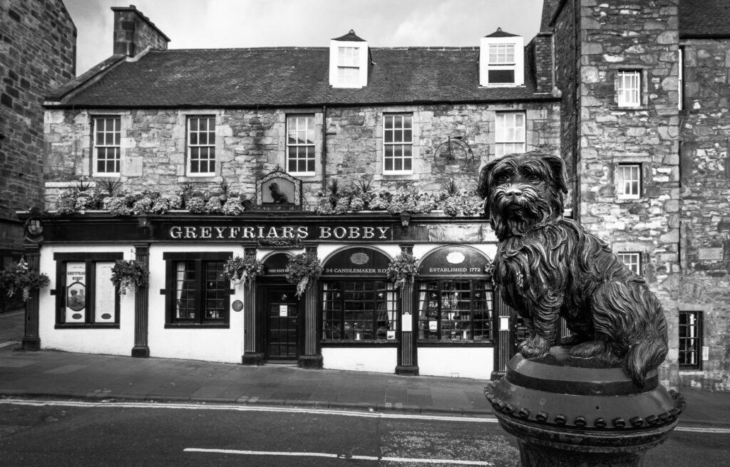 Greyfriars Bobby (b&w).jpg