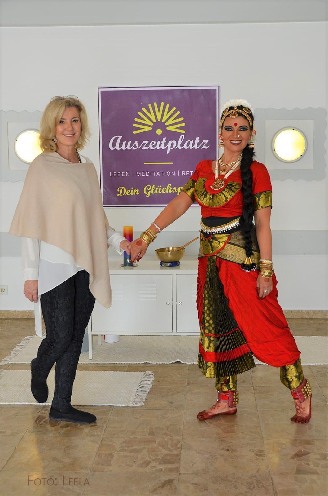 Helga-und-Bhakti