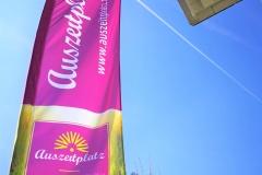 Auszeitplatz-Dein-Glücksplatz-Fahne