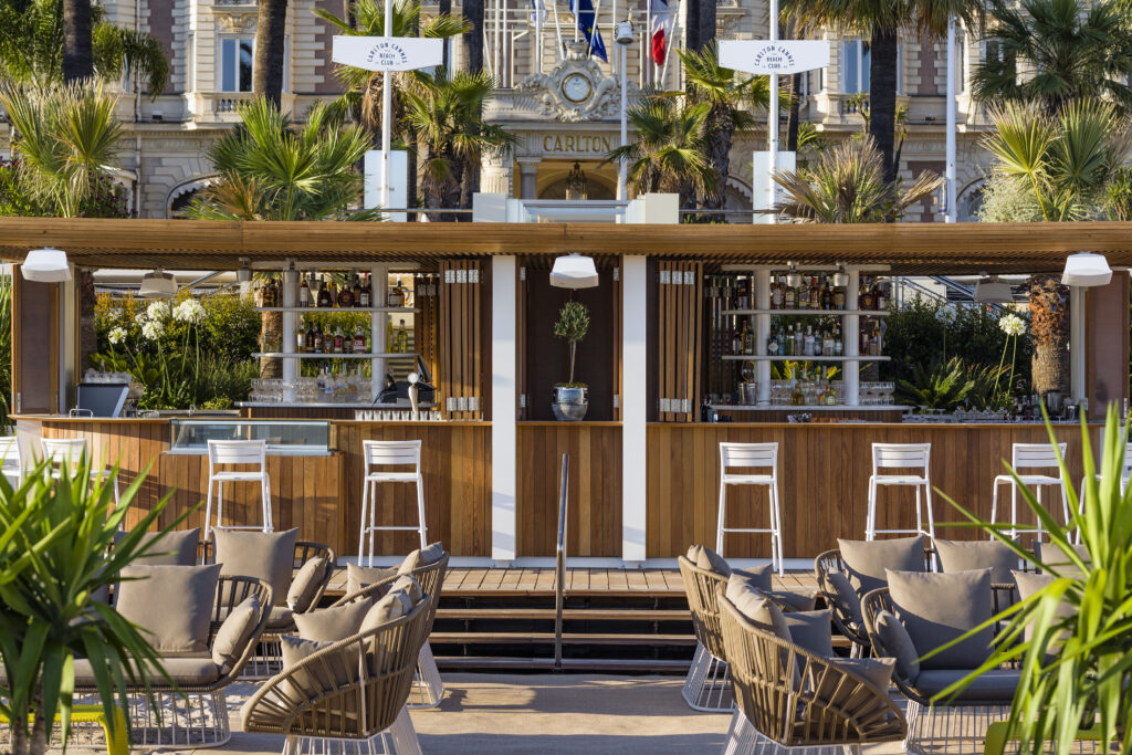 Carlton Cannes - The Beach Club - Descubre Magazine