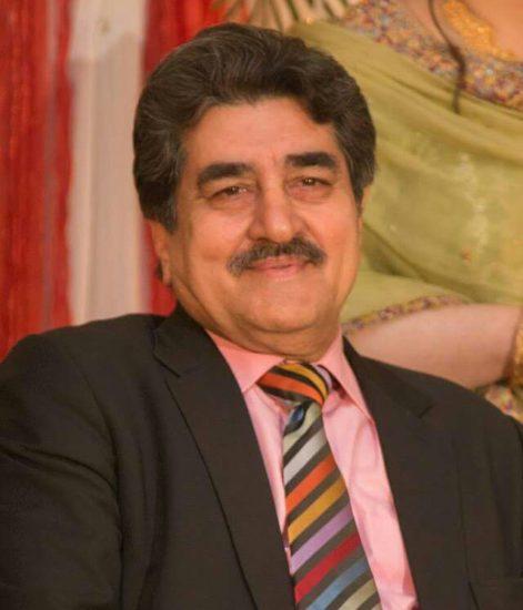Iftikhar Ahmed aik Rozan writer