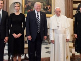 میلانیا کا لباس اور سعودی روایات سے بغاوت کی بحث