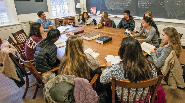 dialogue in classroom کلاس روم
