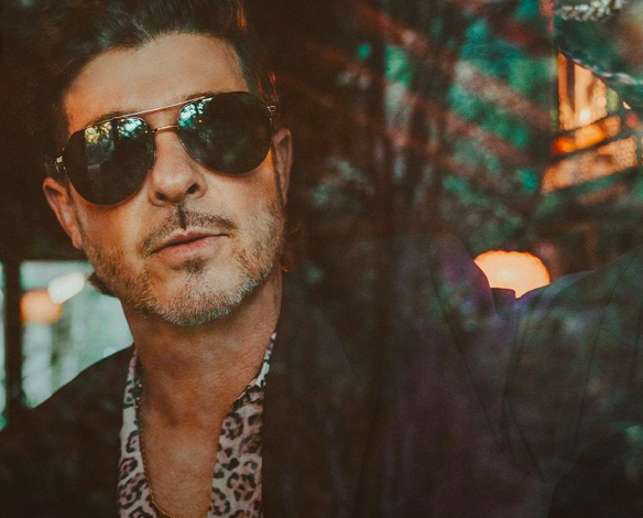 Robin Thicke Reintroduces Himself With New Album!