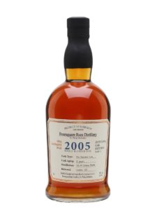 Foursquare 2005 Rum Distillery Rum Review by the fat rum pirat