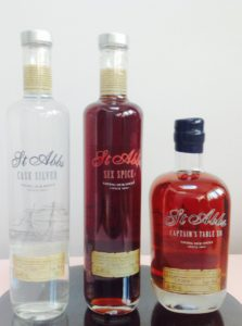 The rums contained in the blend are between 3 and 8 years old