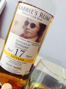 Rabbies Rum Uitvlugt Rum Review by the fat rum pirate