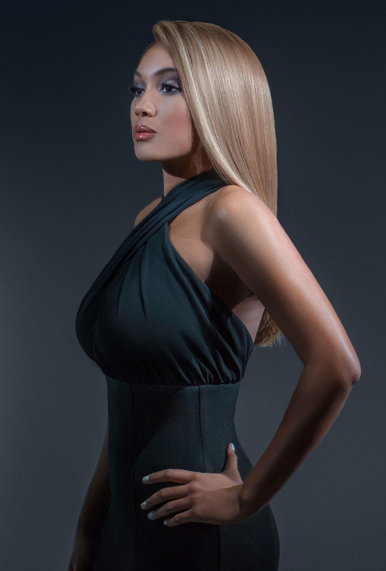 Opaline Luxury Full Lace Ash Blonde Wig- 360 Frontal Lace 6