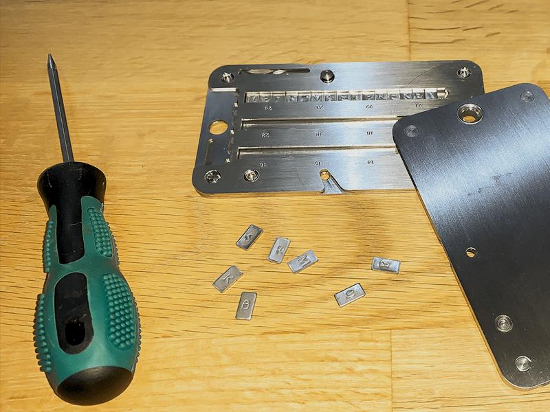 Werkzeug, Letters und Crypto-Steel Cassette