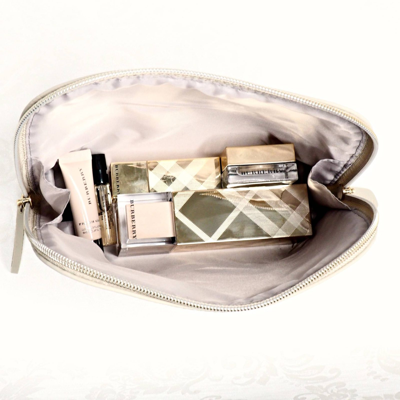 Burberry Festive Glow Set House of Paper Doll