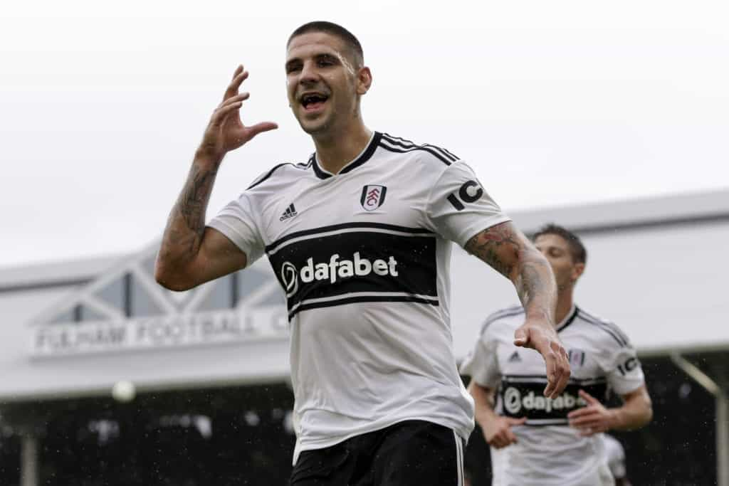 LONDON, ENGLAND - AUGUST 26: Aleksandar Mitrovic of Fulham celebrates after scoring his team's second goal during the Premier League match between Fulham FC and Burnley FC at Craven Cottage on August 26, 2018 in London, United Kingdom. (Photo by Henry Browne/Getty Images)