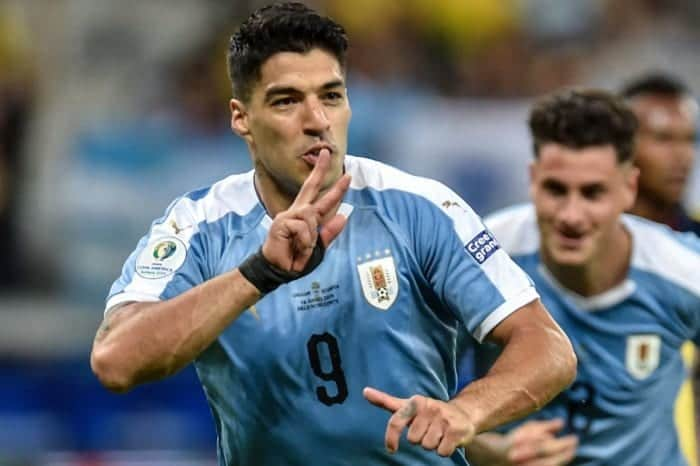 Luis Suarez doing all he can to lead Uruguay to Copa America glory
