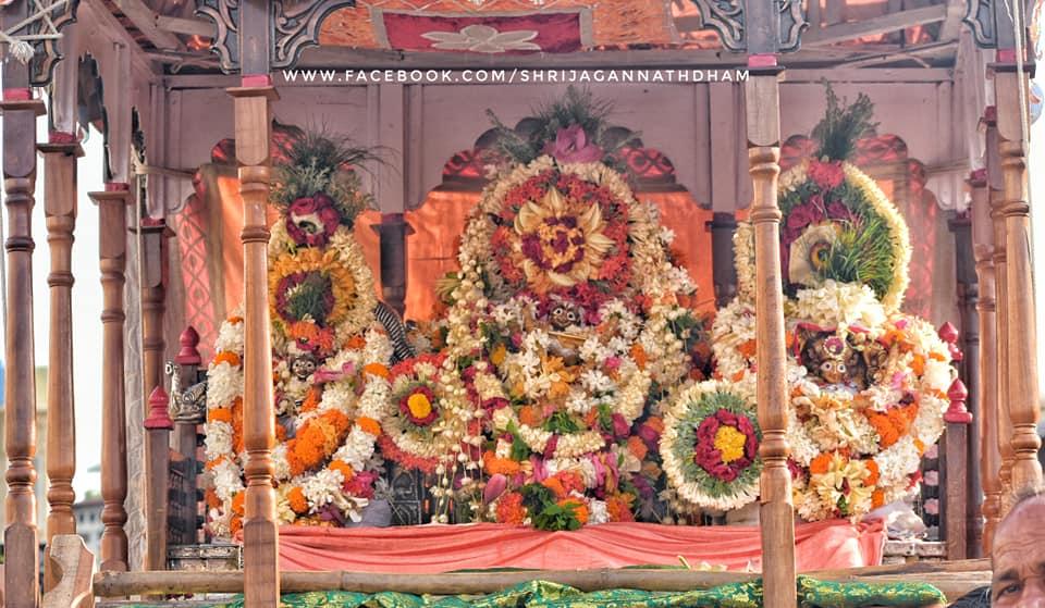 jhulana-jatra-jagannath-mandir-puri-bbsrbuzz-1