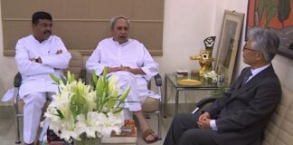 CM, Union Minister discuss development of steel sector in Odisha