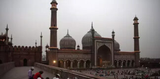 Centre asks states to ensure no gathering in mosques in Ramzan