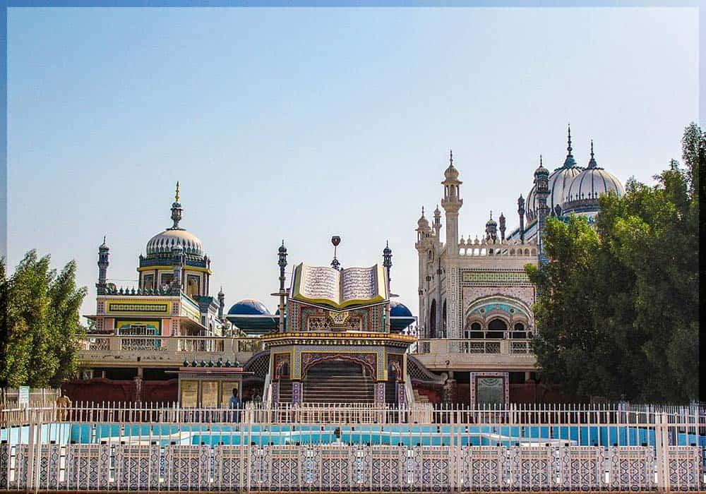 Bong Mosque, Rahim Yar Khan