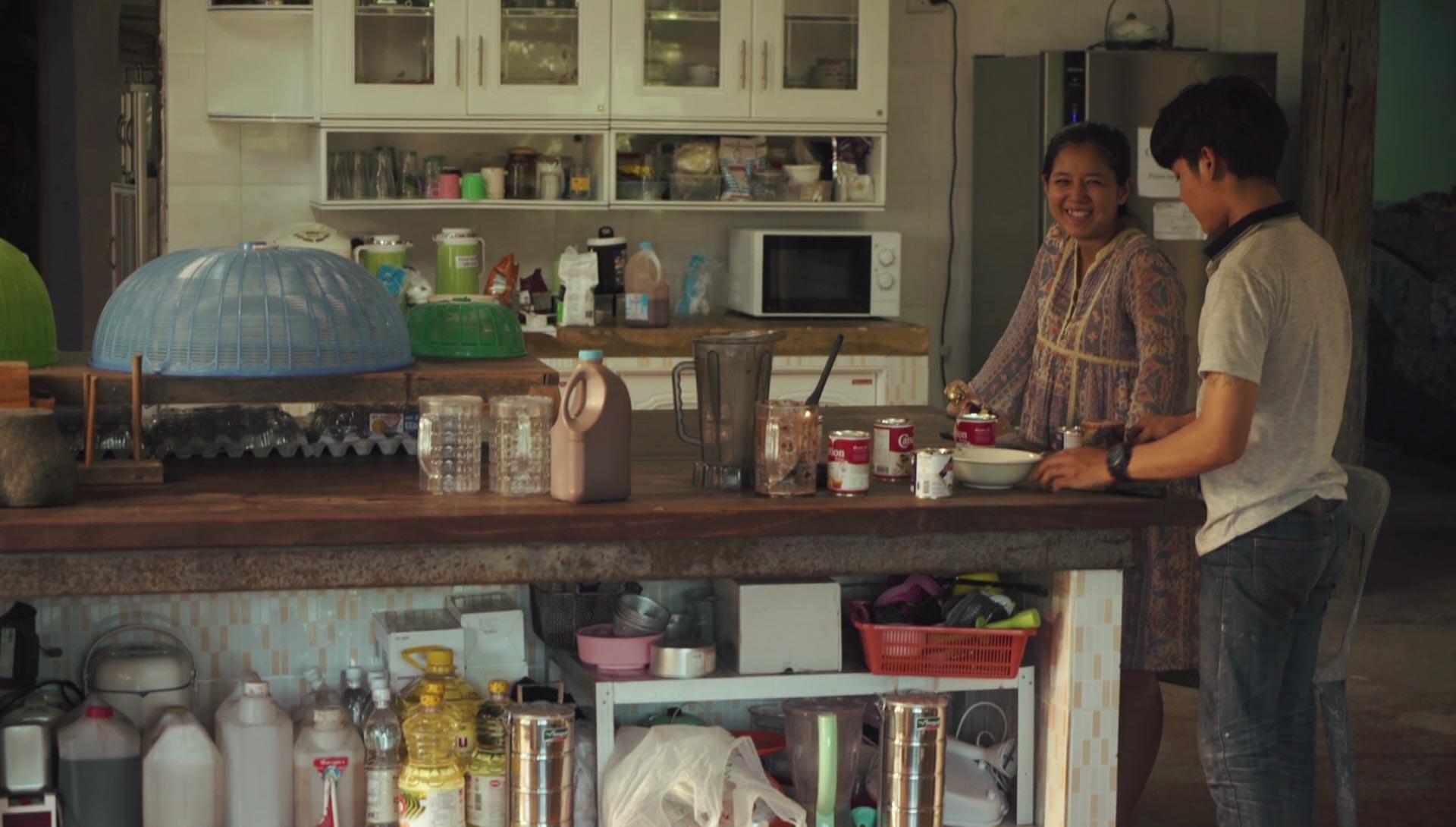 Preparing food in the kitchens at Daruma ecovillage