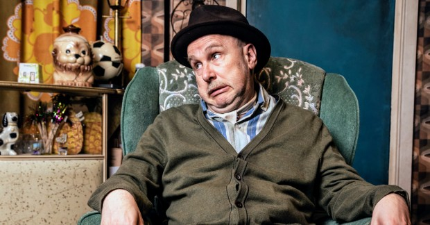 ANDY MACE TO REPLACE PAUL WHITEHOUSE IN ONLY FOOLS & HORSES MUSICAL