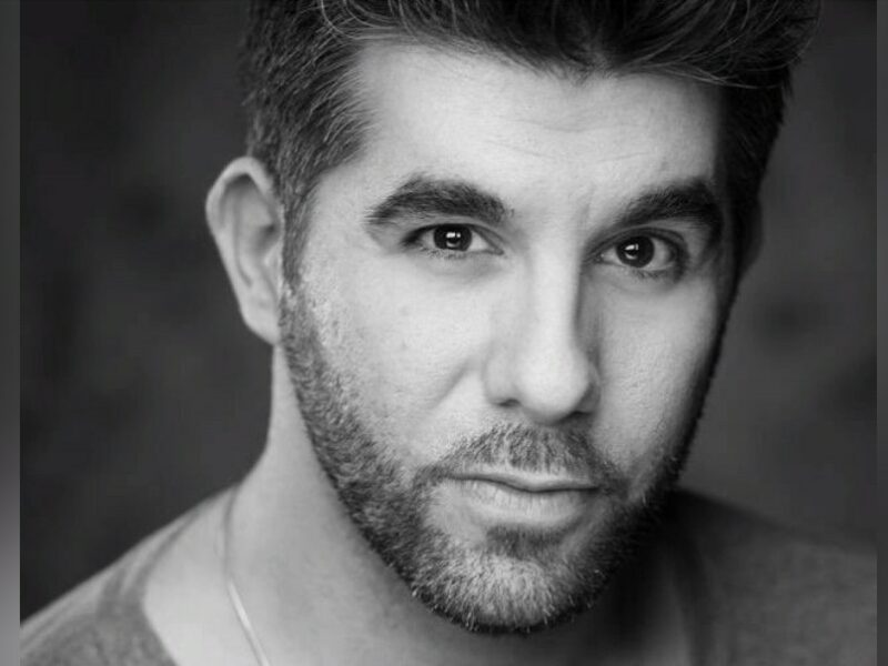 SIMON LIPKIN JOINS DIGITAL PRODUCTION OF I LOVE YOU, YOU'RE PERFECT, NOW CHANGE