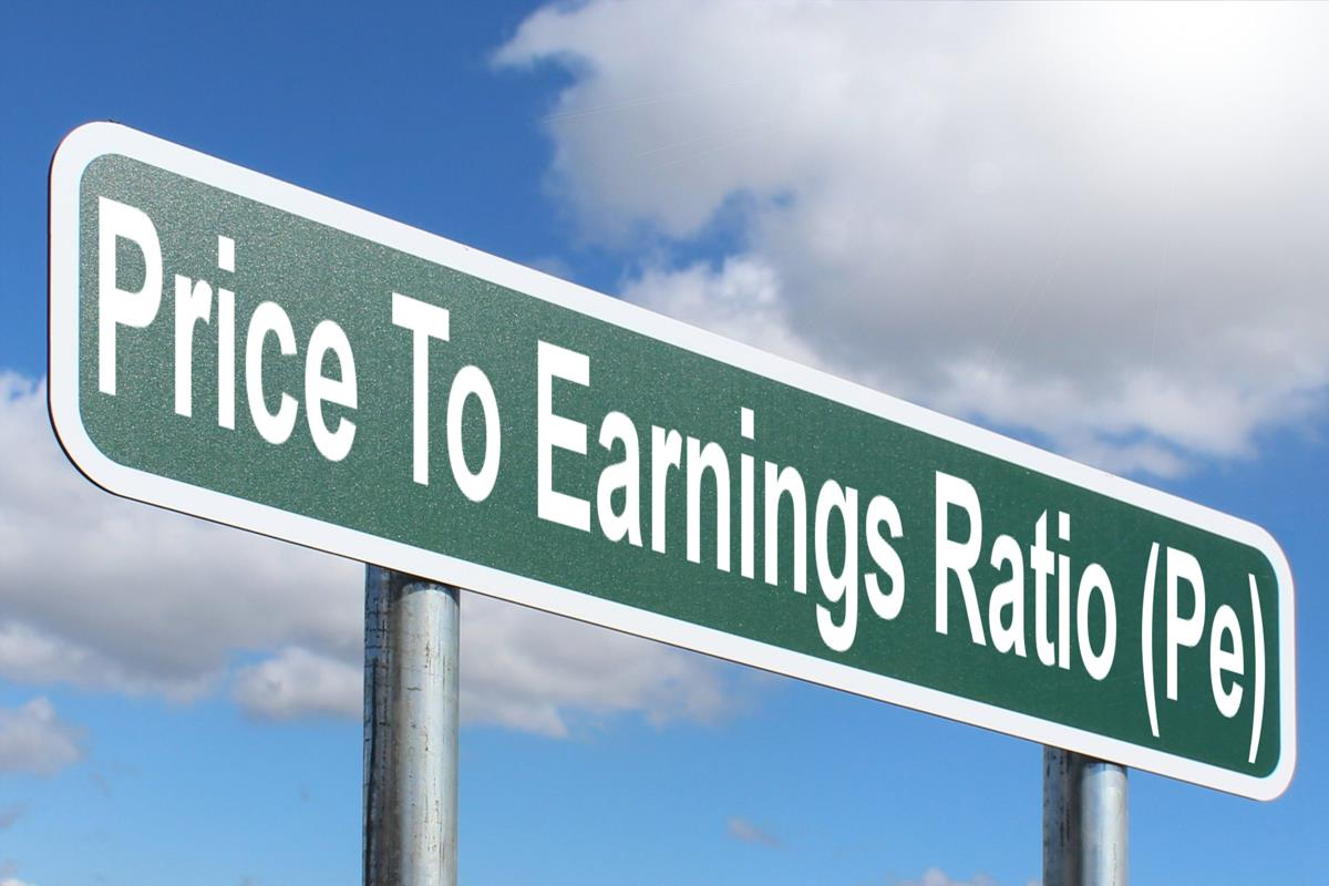 Price to Earnings Ratio: Formula, Calculation, and Misconception