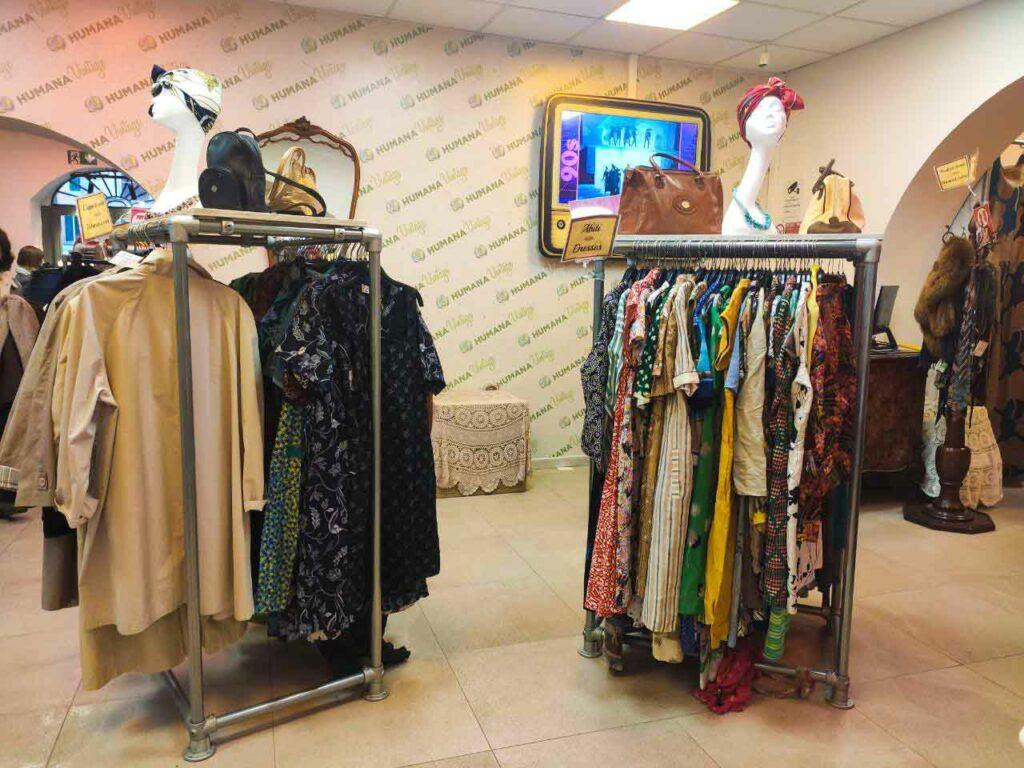 Humana - negozio second hand a Roma