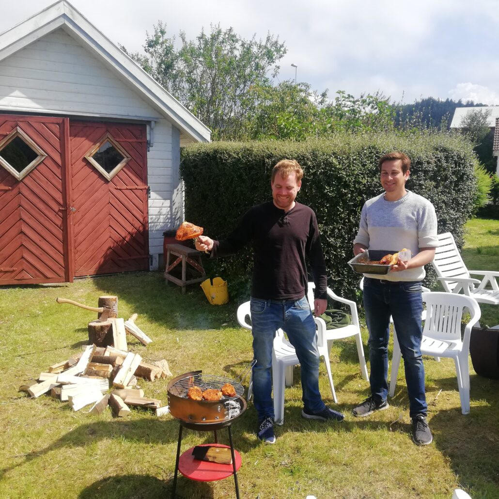 Joakim and Rasmus barbeque