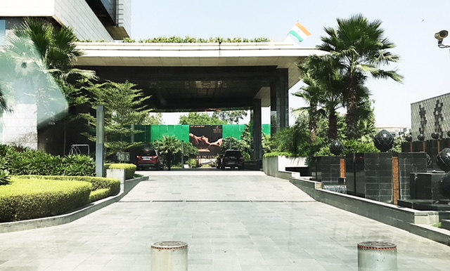 Leela Ambience Convention Hotel, Delhi- luxury and food experience at its best!